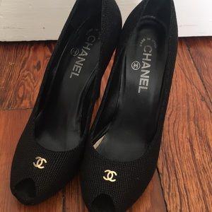 Peep-toe Chanel pumps size 38